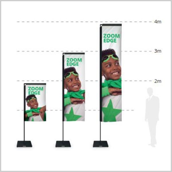 Drapeau de forme rectangulaire offrant une large surface de communication. A compléter avec un large choix d'embases selon l'utilisation souhaitée.