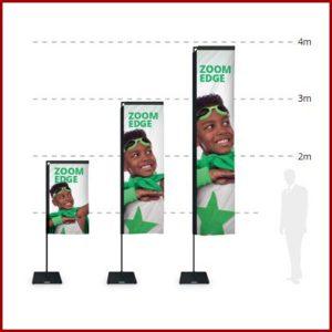 Drapeau de forme rectangulaire offrant une large surface de communication.A compléter avec un large choix d'embases selon l'utilisation souhaitée.