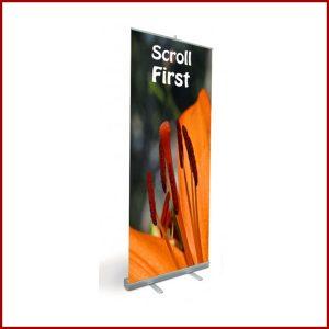 Le scroll Eco est un enrouleur simple face simple d'utilisation et robuste. Ce produit est garanti 3 ans. Le produit est vendu avec et sans impressions.