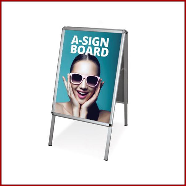 Support de communication publicitaire indispensable double face pour mettre en avant votre communication publicitaire. Format A1